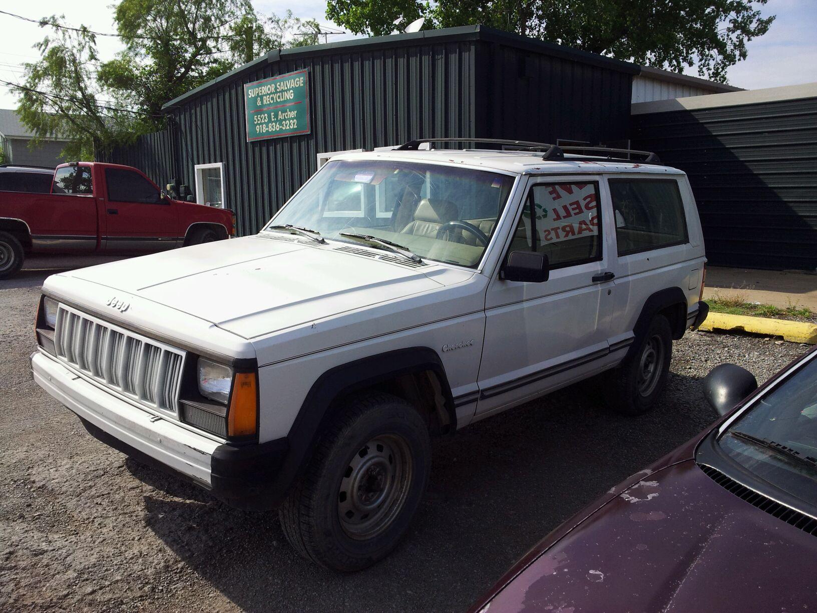 1990 jeep cherokee: